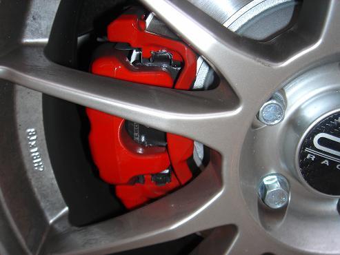 VW某車の純正キャリパー画像